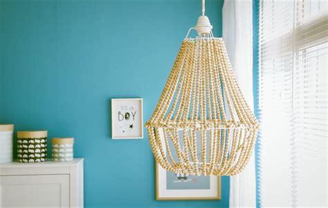como hacer una lampara diy  cuentas de madera