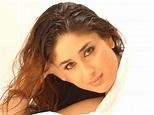Bollywood Album: kareena kapoor in golmaal returns images ...