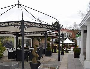 Pavillon Im Garten : bo wi outdoor living referenzen berdachung sonnenschutz carport luxus gartenm bel ~ Eleganceandgraceweddings.com Haus und Dekorationen