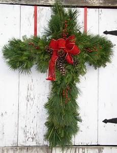 Best 25 Outdoor christmas wreaths ideas on Pinterest