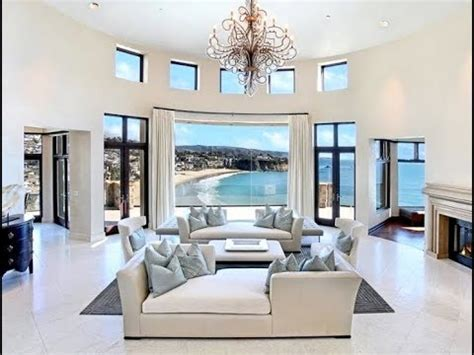 fabulous mansion living rooms   blow  mind