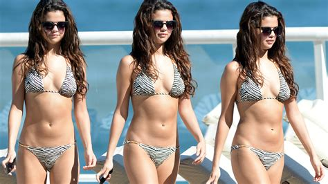 Selena gomez spring breakers leaked selena gomez spring breakers leaked 0 komentar voltagebd Images