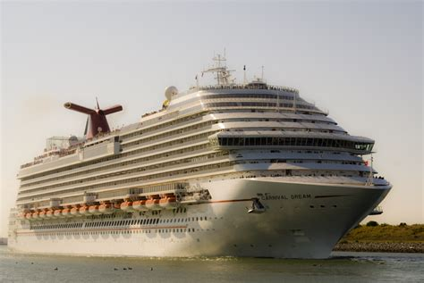 The Carnival Dream - Cruise Ship