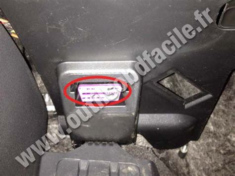 obd connector location  porsche macan type