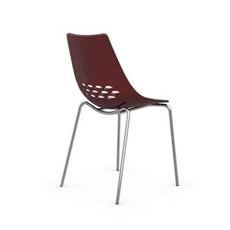 chaise blanche pas cher chaise design jam blanche brillante et transparent