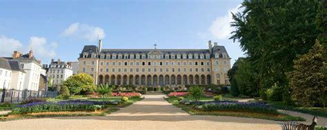 Jardin Du Palais Saintgeorges