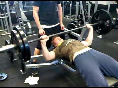 15 Year Old Does 205 Bench Press 10 Reps Youtube