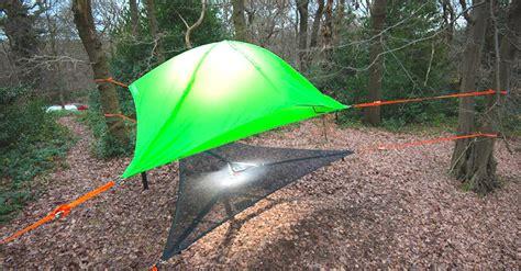 hang  tent   trees