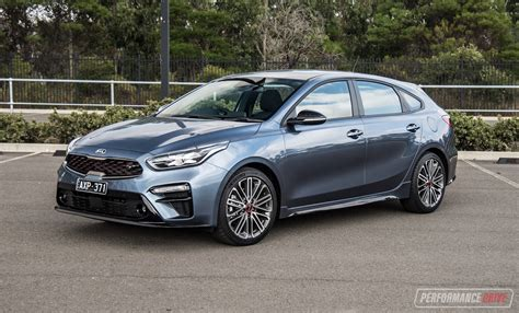 kia cerato gt hatch review video performancedrive