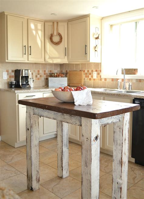 country farm kitchens farmhouse kitchen breakfast nook tour vintage nest 2707