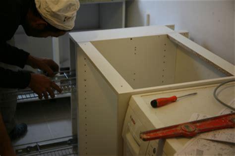 monter meuble cuisine monter vos propres meubles de cusines grâce à notre fiche