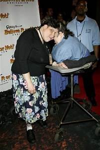 Lori Schappell & George Schappell Pictures - SuperiorPics.com