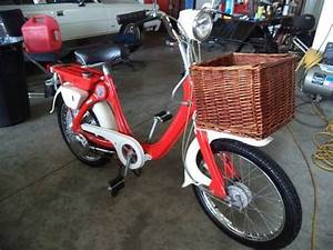 Moto Honda 50cc : 1968 honda p50 moped 50cc only produced from 1966 1968 scooter pinterest honda and mopeds ~ Melissatoandfro.com Idées de Décoration