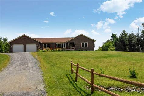 Tool Barn Bradford Vt by 124 Underwood Bradford Vt Real Estate Listing Mls 4654193