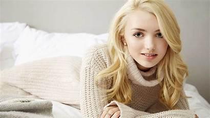 Peyton Blonde Smiling Wallpapers Definition Background Celebrities