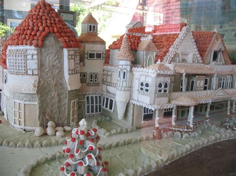 creative  unusual gingerbread creations
