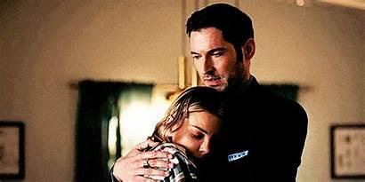 Lucifer Chloe Deckerstar Hug Couples Fanpop Tv
