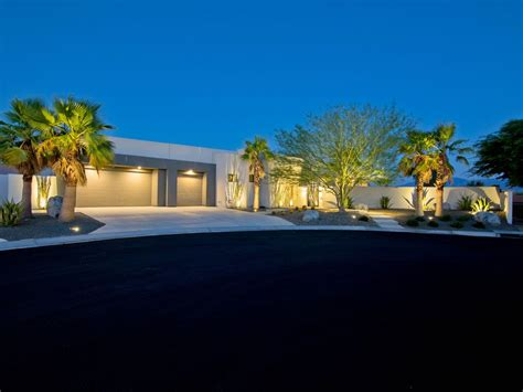 Stunning Modern And Private Retreat New Ultra Luxury Home