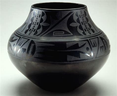 maria martinez  julian martinez black  black ceramic