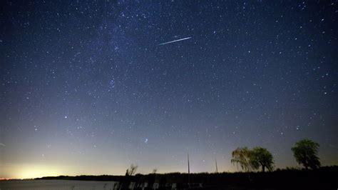 Perseid Meteorite Shower by Perseid Meteor Shower 2016 Offers A Once In A Decade