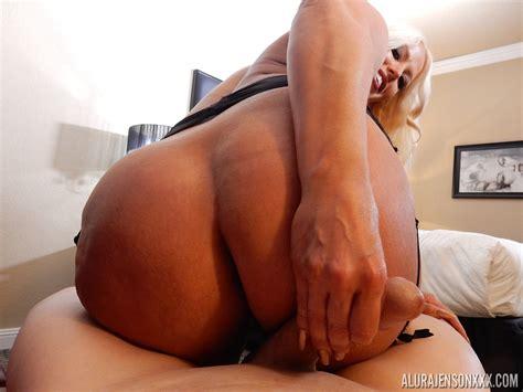 Mature Pornstar Alura Jenson Gets It On With A Big Dick