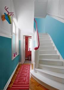les 25 meilleures idees de la categorie cage d39escalier With peindre un escalier bois 10 aide pour la deco et la couleur des murs couloir et cage