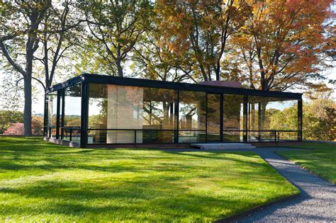 new canaan glass house philip johnson s glass house 1949