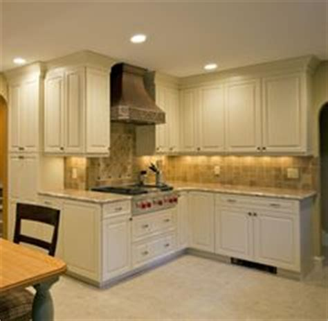 wrap around kitchen cabinets outside corner kitchen cabinets for the home 1661