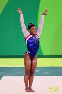 biles aly raisman take gold silver in gymnastics floor exercise photo 3735327 2016