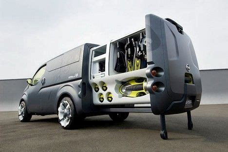 concept work truck nissan 39 s new mobile office just perfect for treehuggers