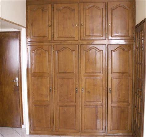 peindre porte cuisine exceptionnel porte placard a peindre 2 comment moderniser une cuisine datant des ann233es 80