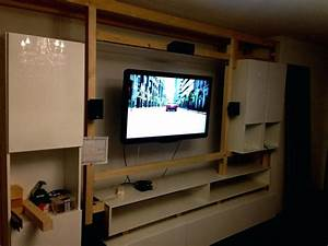 Wohnzimmer Tv Wand Ideen : tv verstecken schanheit wohnzimmer wand ideen auf tile ~ A.2002-acura-tl-radio.info Haus und Dekorationen