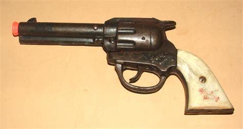 1940s Gene Autry Toy Cap Pistol Kenton Cast Iron Handsome
