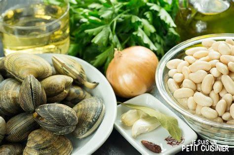 cuisiner les palourdes recette de haricots blancs aux palourdes judías blancas