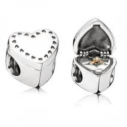 Pandora Charm Gift From the Heart