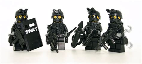 Swat Team Police 4 Man Squad Minifigures Made With Real