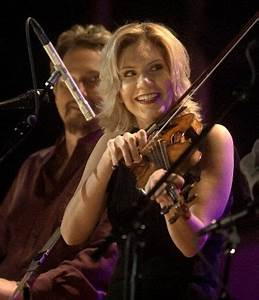 Concert Review Alison Krauss Perfect At Mountain Park