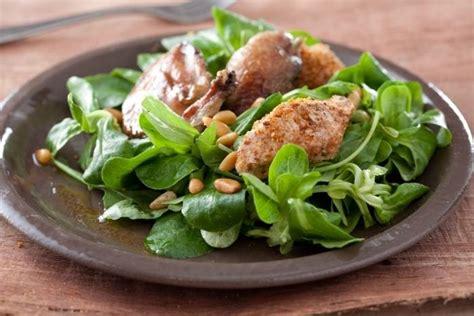 cours de cuisine avec un chef étoilé recette de salade de caille et toast au foie gras et