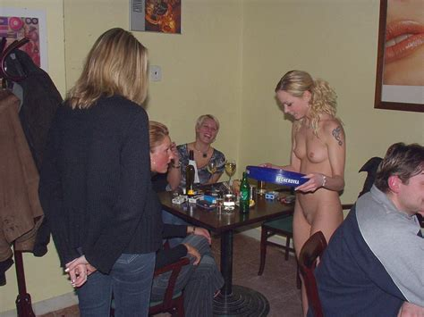 Sexy Barmaid Pokazuha Topic View Porn Pic From Sexy Waitress Enjoys Working Nude Sex Image