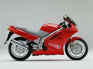 Honda Vfr 750 : the honda 750 at the motorcycle ~ Farleysfitness.com Idées de Décoration