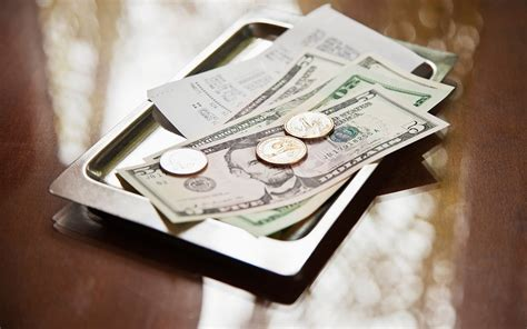 What Sense Does Percentage Tipping Make?