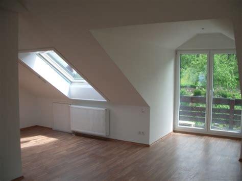 Dachbodenausbau Zur Dachgeschosswohnung Mit Dachschrägen