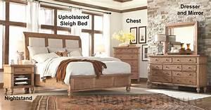 Spruce Upholstered Sleigh Bed Bedroom Set