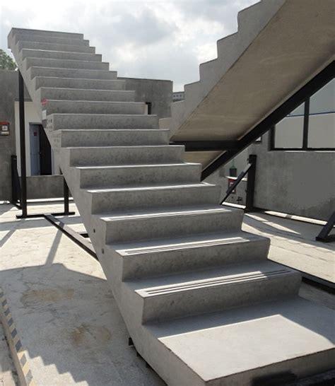 Treppenstufen Beton Innen by Fertigteile Einstellbar Betontreppen Formen Treppen