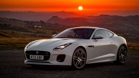 Jaguar F-type 'chequered Flag' Celebrates 70 Years Since