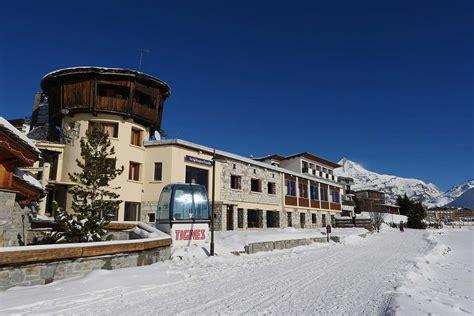 tignes le lac chalets catered chalet tignes le lac bonjour tourelle ski bonjour