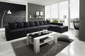 Wohnzimmer Mit Brauner Couch : wohnzimmer mit schwarzer couch ~ Markanthonyermac.com Haus und Dekorationen