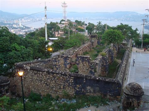siege acapulco battle of acapulco wiki fandom powered by wikia