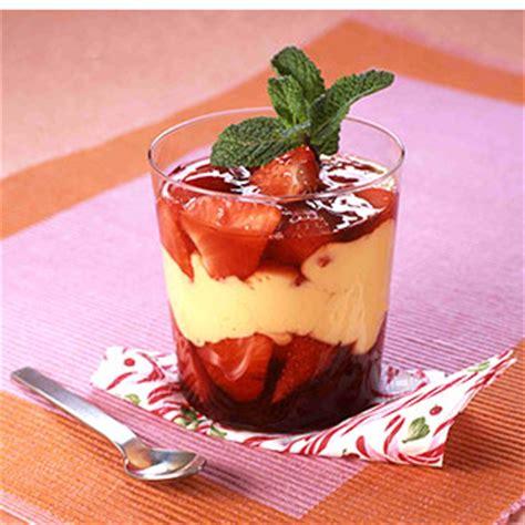 desserts mont blanc recette verrines fruits rouges cr 232 me br 251 l 233 e
