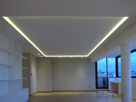 faux plafond avec led faux plafond en fermacell avec un cadre en polycarbonate translucide r 233 tro 233 clair 233 plafond